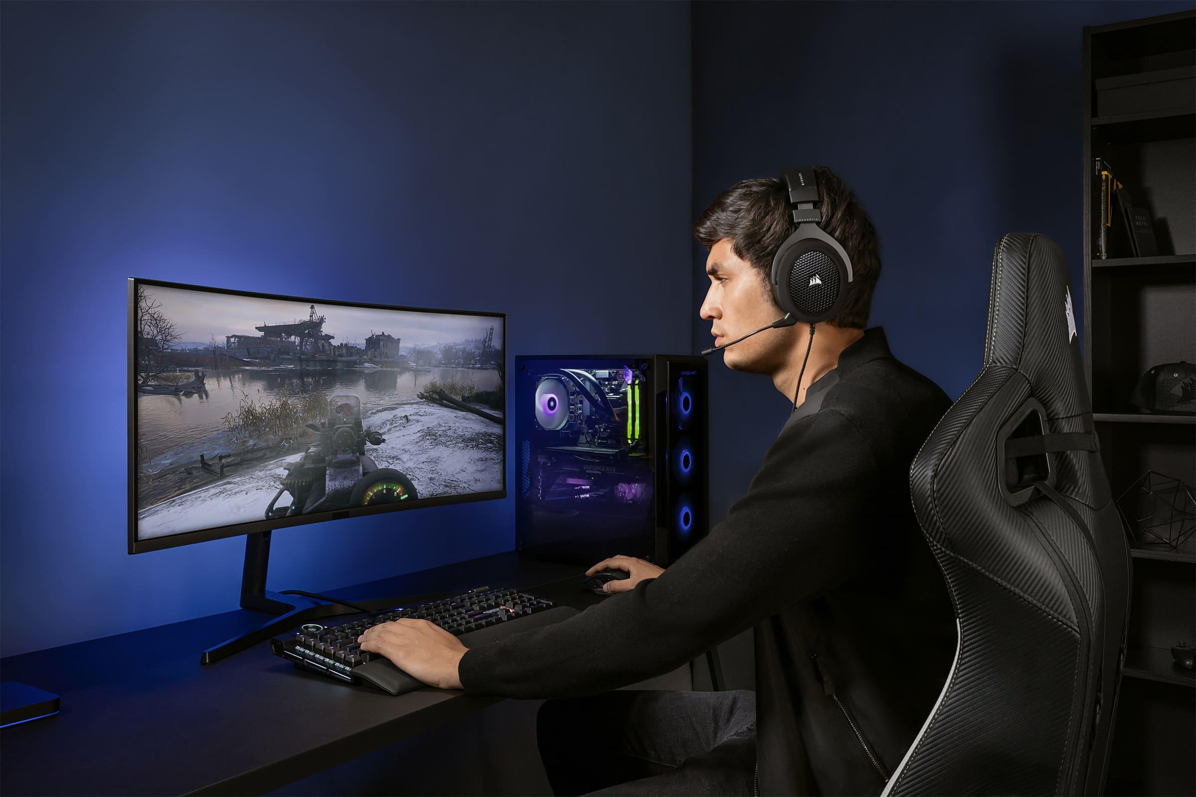 CORSAIR HS60 HAPTIC Stereo Gaming Headset — Carbon